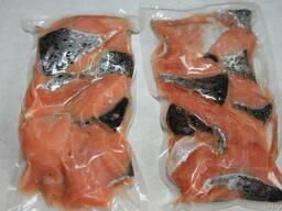 Рыбы Семга кусочки с кожей замороженная 1кг